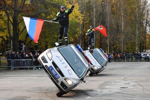 Pokazy w ramach XXI Międzynarodowej Wystawy Interpolitech-2017 w Moskwie. - Sputnik Polska