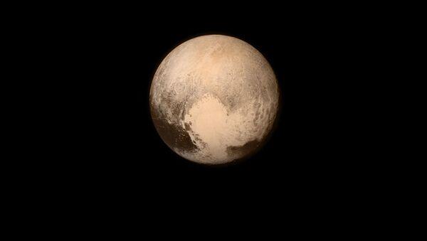 Zdjęcie Plutona z pokładu automatycznej stacji międzyplanetarnej NASA New Horizons - Sputnik Polska