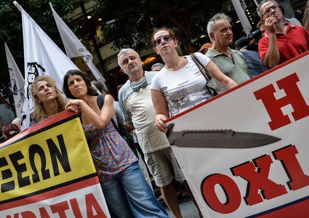 Demonstracja przed Ministerstwem Finansów w Atenach