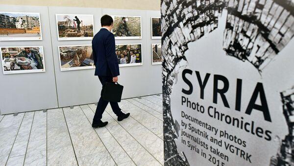 """Wystawa """"Syria. Kronika fotograficzna wojny"""" w Parlamencie Europejskim w Strasburgu  - Sputnik Polska"""