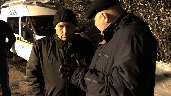 Szef republiki Mari El Aleksander Jewstifiejew na miejscu wypadku drogowego, w którym pasażerski mikrobus zderzył się z ciężarówką w dystrykcie Kilemar Republiki Mari El - Sputnik Polska