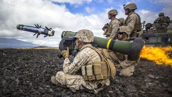 Amerykanscy żołnierze z kompleksem Javelin - Sputnik Polska