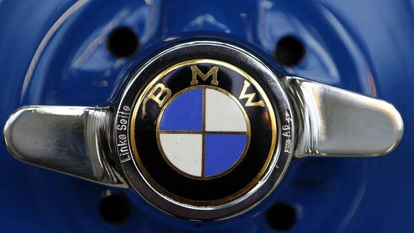 Logo niemieckiego koncernu BMW - Sputnik Polska
