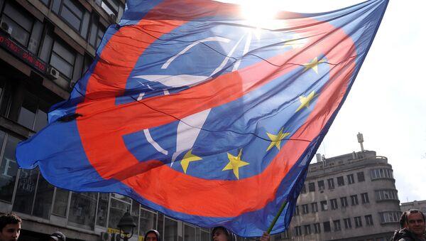 MIting przeciwko NATO, Belgrad - Sputnik Polska