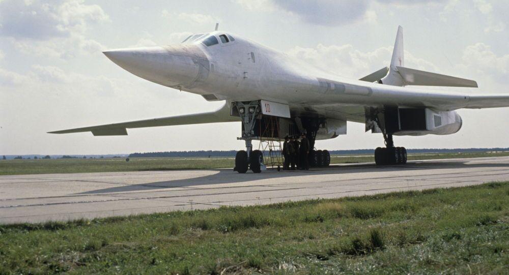 Bombowiec Ту-160