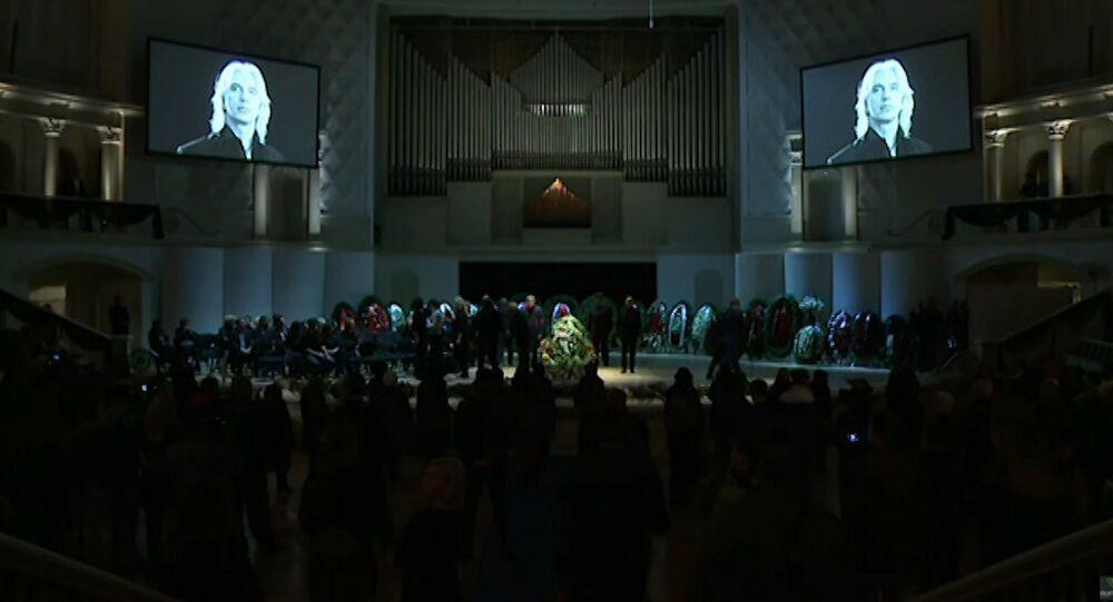 Ceremonia pożegnania Dmitrija Chworostowskiego