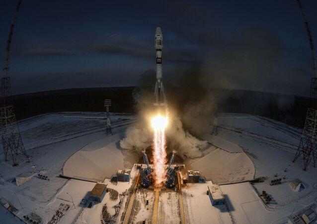 Start rakiety nośnej Sojuz 2.1b z aparatem kosmicznym Meteor nr 2-1 z kosmodromu Wostocznyj