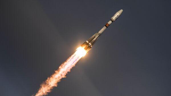 """Wystrzelenie rakiety nośnej """"Sojuz-2.1b"""" z satelitą """"Meteor"""" №2-1 z kosmodromu Wostocznyj - Sputnik Polska"""