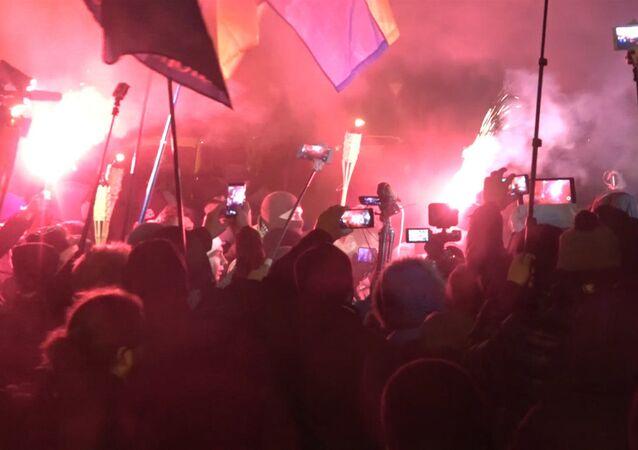 Procesja z pochodniami w Kijowie