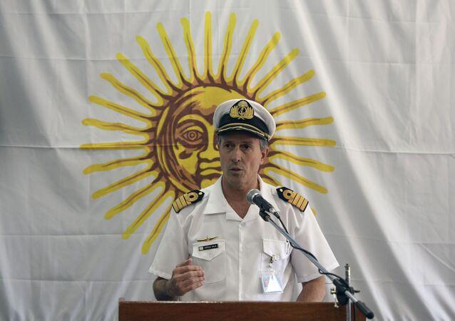 Rzecznik argentyńskiej marynarki wojennej kapitan Enrique Balbi