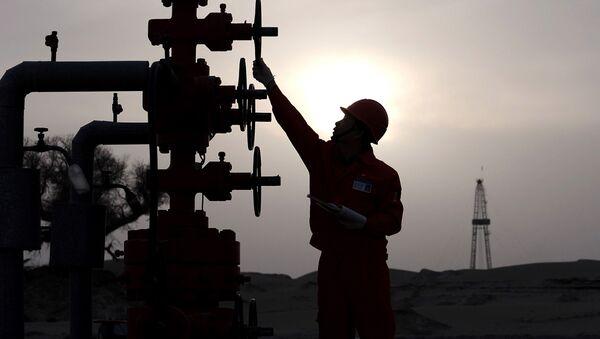 Złoże naftowe PetroChina w Chinach - Sputnik Polska