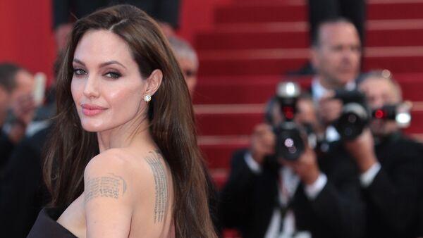 Angelina Jolie - Sputnik Polska