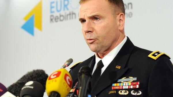 Generał Ben Hodges, dowódca amerykańskiej armii w Europie - Sputnik Polska