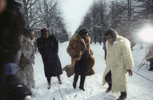 Grupa Boney M. na spacerze w Moskwie w przeddzień koncertu, 1978 rok - Sputnik Polska