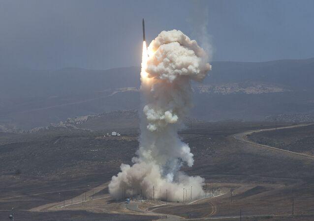 Testy naziemnego systemu obrony przeciwrakietowej USA