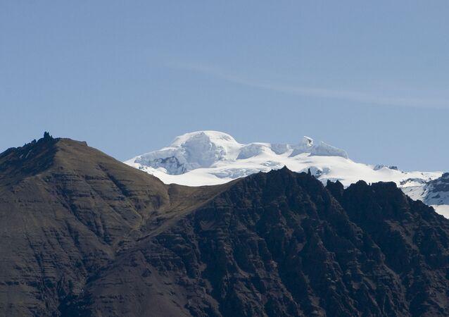 Wulkan Öræfajökull na Islandii