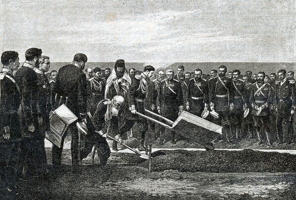 W ceremonii rozpoczęcia budowy Kolei Transsyberyjskiej uczestniczył przyszły car Rosji Mikołaj II. - Sputnik Polska