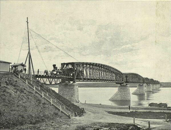 Most kolejowy nad rzeką Ob. 1899 rok. - Sputnik Polska