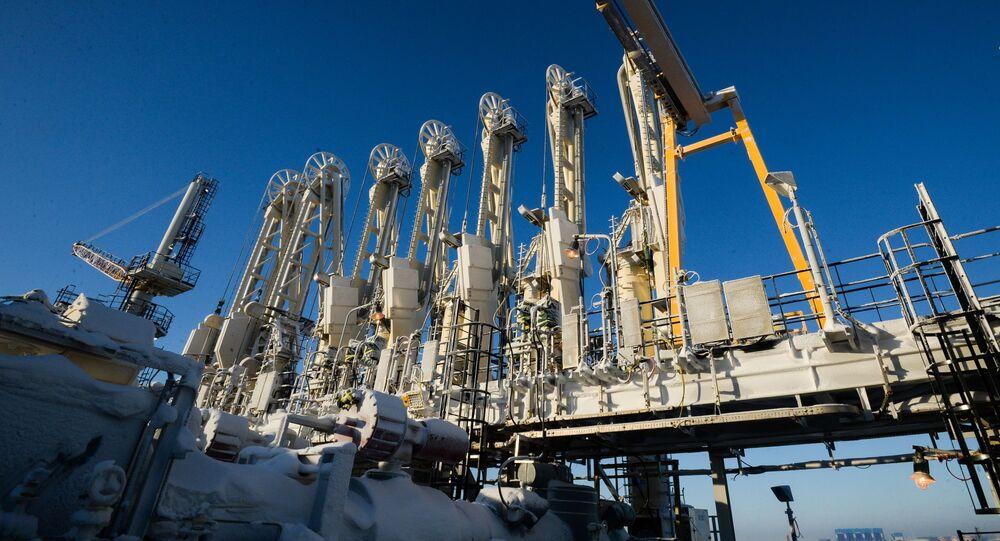 Budowa zakładu produkującego gaz skroplonu Jamał LNG