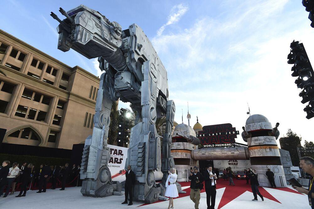 Atmosfera w Los Angeles w dzień premiery filmu Gwiezdne wojny