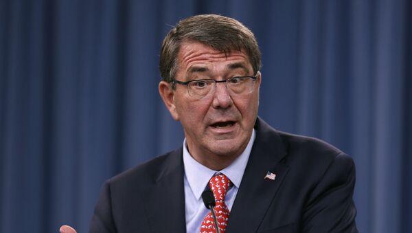 Sekretarz obrony USA Ash Carter - Sputnik Polska
