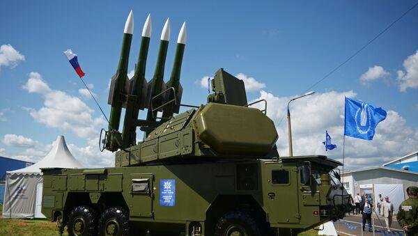 Samobieżna wyrzutnia 9А317 ze składu systemu przeciwlotniczego Buk-M2E - Sputnik Polska