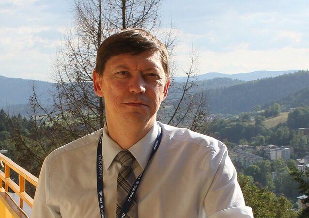 Rosyjski historyk, profesor Dmitrij Karnauchow