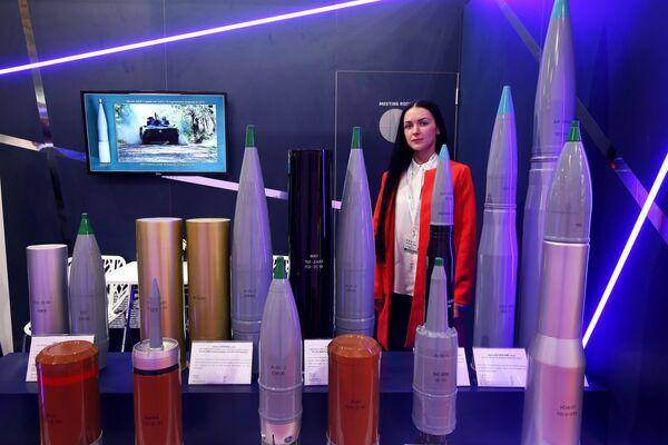 Stoisko rosyjskich ciężkich pocisków - Sputnik Polska