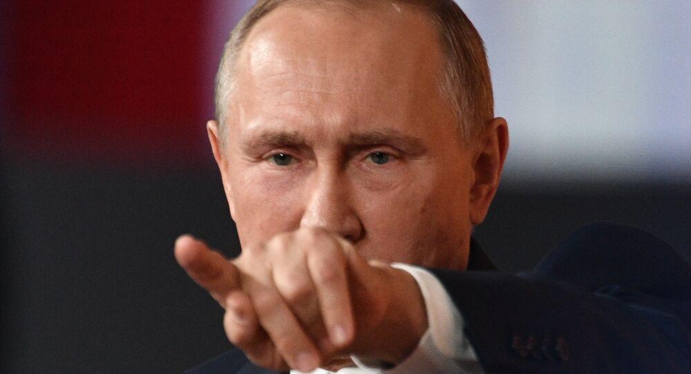 Władimir Putin podczas corocznej konferencji prasowej