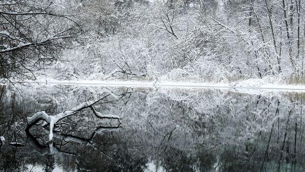 """Najbardziej znane i dostępne jest Małe Błękitne Jezioro, dlatego jeśli usłyszycie o """"Błękitnym Jeziorze"""" w liczbie pojedyńczej, to  z pewnością chodzi właśnie o nie. - Sputnik Polska"""