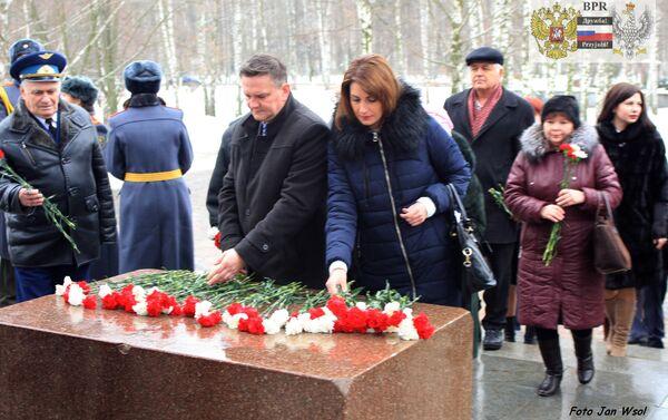 Polacy i Rosjanie oddali hołd bohaterom Wielkiej Wojny Ojczyźnianej w Riazaniu - Sputnik Polska