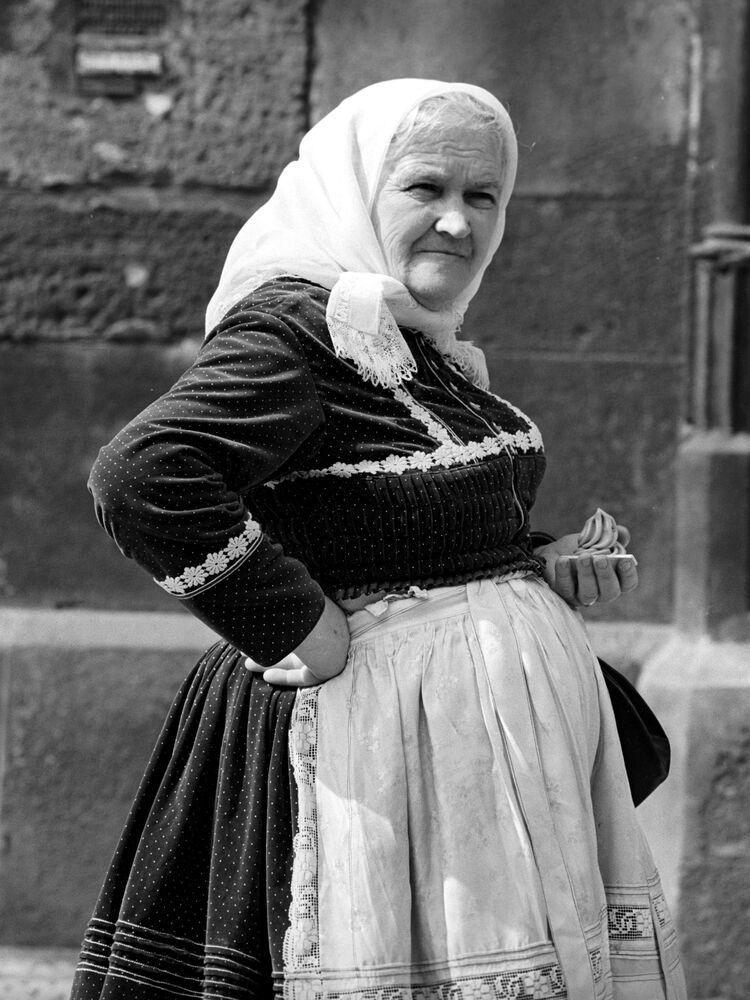 Mieszkanka regionu Morawii, 1969 rok.