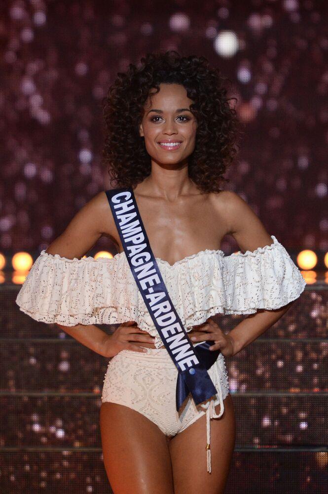 """Uczestniczka konkursu piękności """"Miss Francji 2018"""", Ardenne Safiatou Guinot"""
