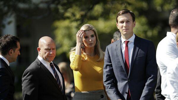 Córka prezydenta USA Ivanka Trump z mężem Jaredem Kushnerem - Sputnik Polska