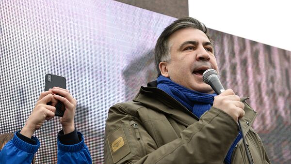 Były prezydent Gruzji i były gubernator ukraińskiego obwodu odeskiego Michaił Saakaszwili przemawia podczas wiecu w centrum Kijowa - Sputnik Polska