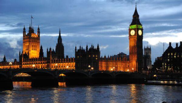 Widok na Pałac Westminsterski i wieża Big Ben w Londynie - Sputnik Polska