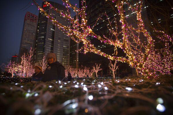 Świąteczne iluminacje w Chinach - Sputnik Polska