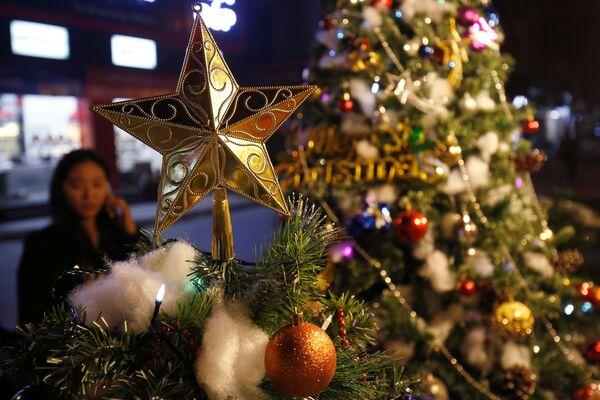 Świąteczne iluminacje w Wietnamie - Sputnik Polska