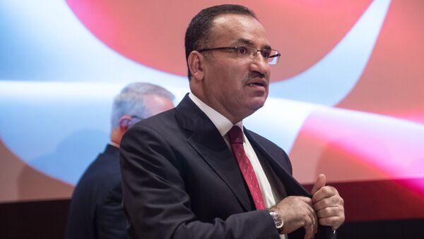 Wicepremier Turcji Bekir Bozdag w Waszyngtonie - Sputnik Polska