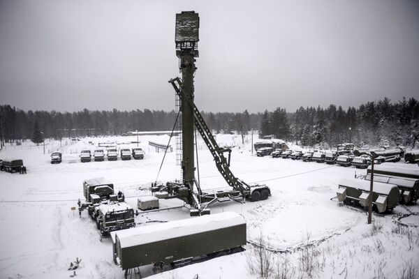 Ćwiczenia wojskowe z użyciem S-400 Triumf - Sputnik Polska