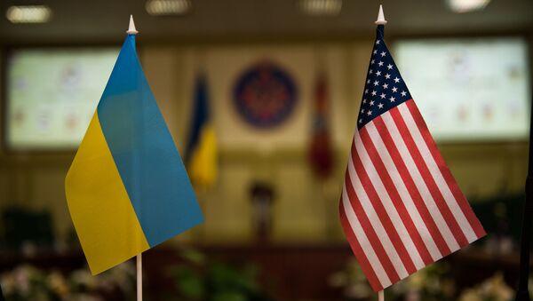 Flagi USA i Ukrainy - Sputnik Polska