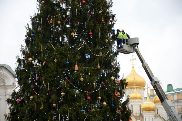 Choinka na Placu Katedralnym Kremla - Sputnik Polska