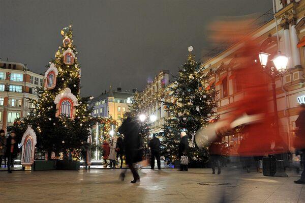 Świąteczne dekoracje na ulicach Moskwy - Sputnik Polska