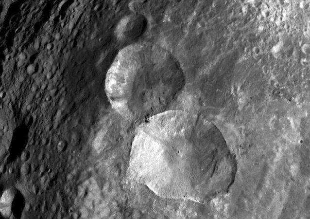 Bałwan na asteroidzie