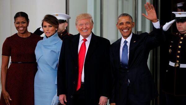 Barack Obama z żoną przed inauguracją Trumpa - Sputnik Polska