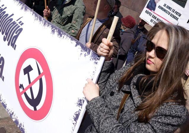 Akcja protestacyjna radykałów w Rydze przeciwko obchodom Dnia Zwycięstwa