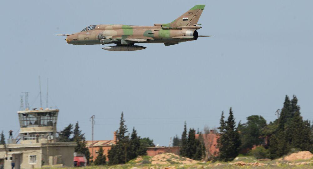 Syryjski samolot przy bazie Szajrat