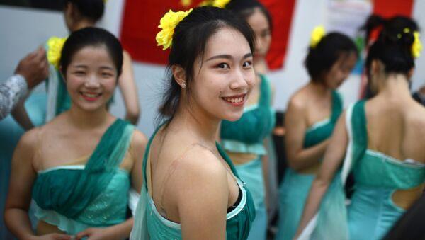 Chinki na Festiwalu Młodzieży w Soczi - Sputnik Polska