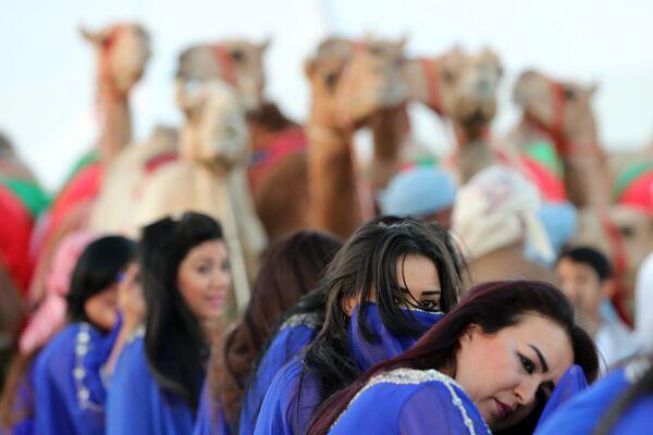 Festiwal wielbłądów Al Dafra w ZEA - Sputnik Polska