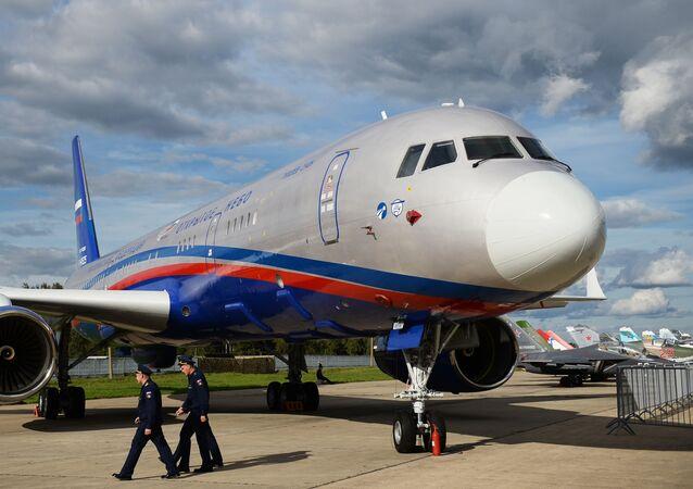 Samolot obserwacyjny Tu-214ON (Otwarte Niebo)